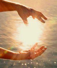 Hands-of-Light1